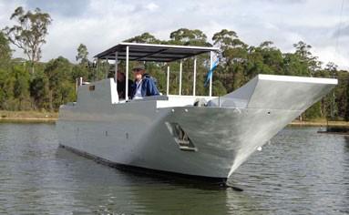 Large Azimuthing Pod Warship (LHD)